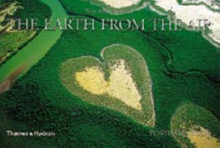 The Earth from the Air Postcard Book - Yann Arthus-Bertrand, Maximilien Rouer
