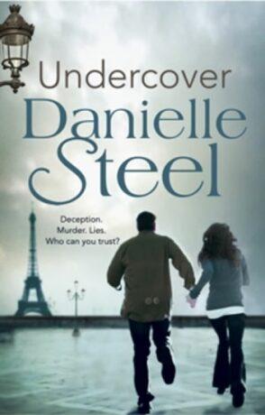 Undercover - Danielle Steel