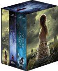 Kroniky pozůstalých - dárkový box (komplet) - Mary E. Pearsonová