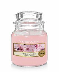 YANKEE CANDLE Cherry Blossom svíčka 104g